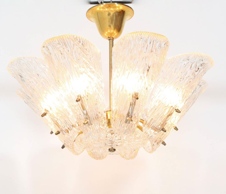 Mid-Century Modern Chandelier with Ice Glass by J.T. Kalmar Austria, 1950s In Good Condition For Sale In Amsterdam, NL