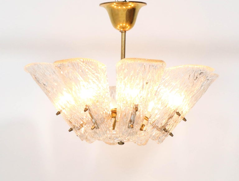 Brass Mid-Century Modern Chandelier with Ice Glass by J.T. Kalmar Austria, 1950s For Sale