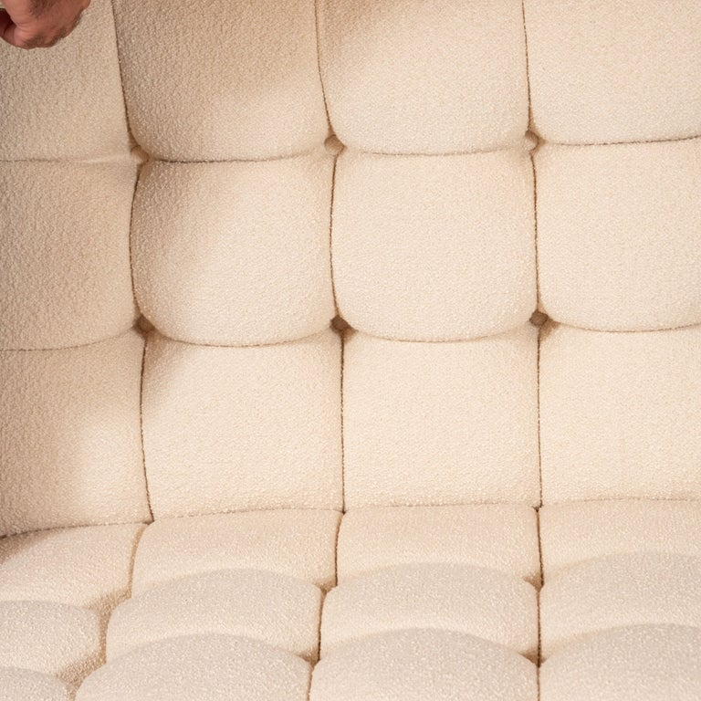 Mid-Century Modern Channel Tufted Chair by Billy Haines in Cream Bouclé Fabric In Excellent Condition For Sale In New York, NY