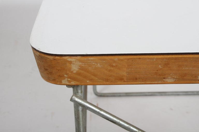 Mid-Century Modern Charles Eames for Herman Miller White Top LTR Tables For Sale 11