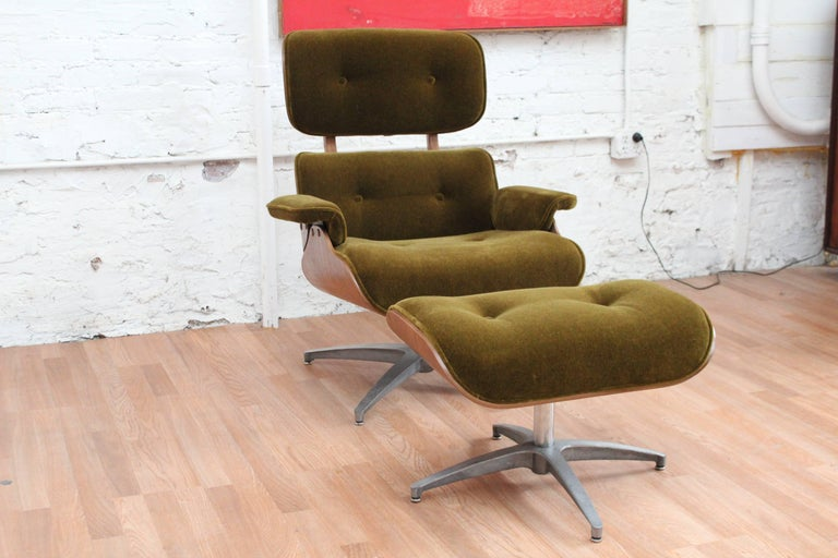 Mid Century Modern Charlton Lounge Chair And Ottoman At