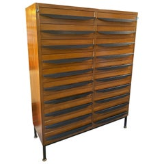 Mid-Century Modern Chest of Drawers Italian Manufacture, 1950s