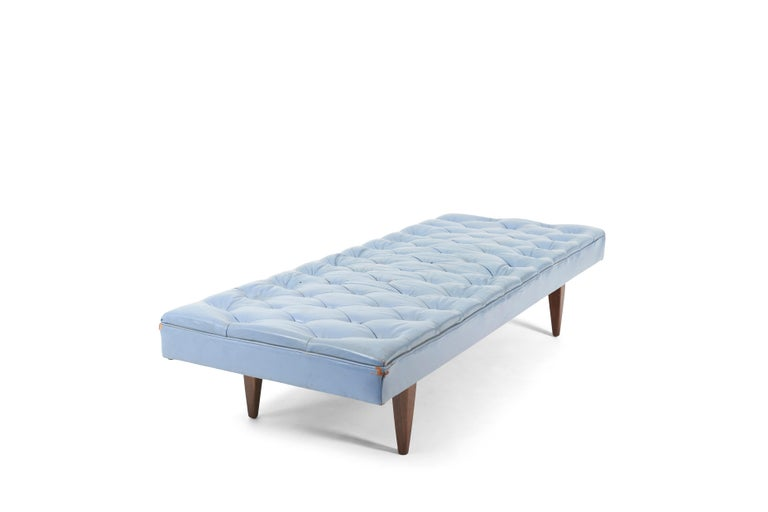 Mid-Century Modern Kipp Stewart Chesterfield Tufted Leather Daybed, Calvin Furniture 1960s For Sale