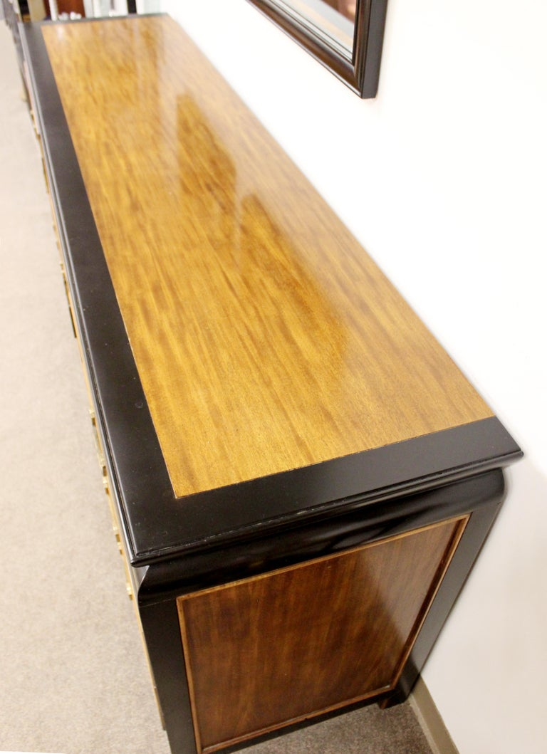 Mid-Century Modern Chin Hua Century Burl Wood and Brass Credenza Dresser, 1970s 5