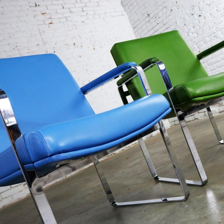 Mid-Century Modern Chromcraft Flat Bar Chrome Chairs One Blue One Green Vinyl For Sale 4