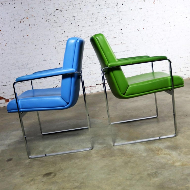 Mid-Century Modern Chromcraft Flat Bar Chrome Chairs One Blue One Green Vinyl In Good Condition For Sale In Topeka, KS