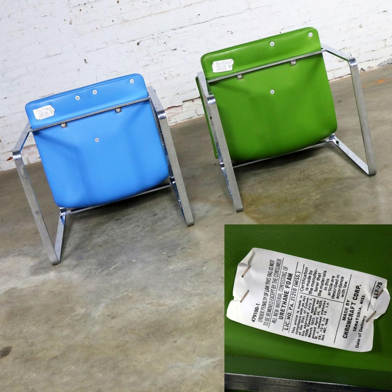 Mid-Century Modern Chromcraft Flat Bar Chrome Chairs One Blue One Green Vinyl For Sale 3