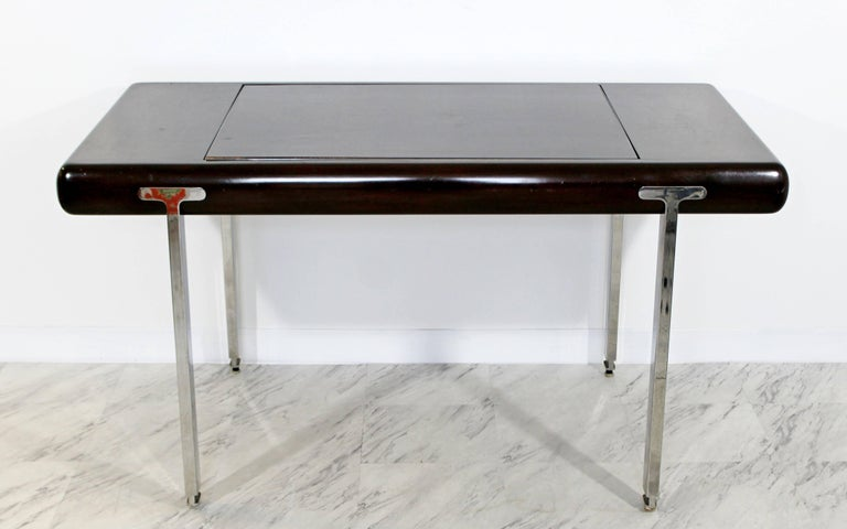 Mid-Century Modern Chrome and Wood Desk Backgammon Game Table 1970s Pace Brueton In Good Condition For Sale In Keego Harbor, MI
