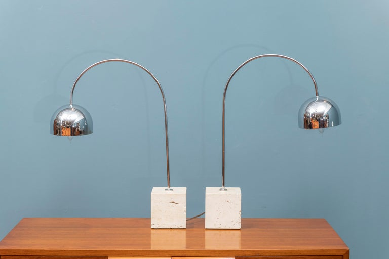 Late 20th Century Mid-Century Modern Chrome and Travertine Arc Table Lamp by Harvey Guzzini, Italy For Sale