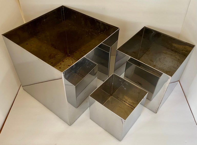 Mid-Century Modern Chrome Cityscape Square Cubist Planter Vessels, C Jere Style In Good Condition For Sale In Lambertville, NJ
