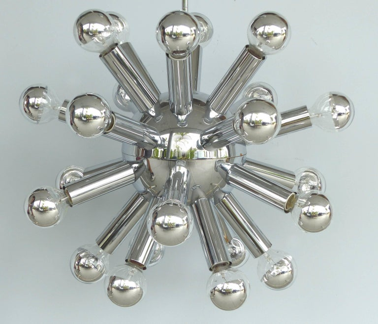 Mid-Century Modern Chrome Sputnik Chandelier In Good Condition For Sale In Miami, FL
