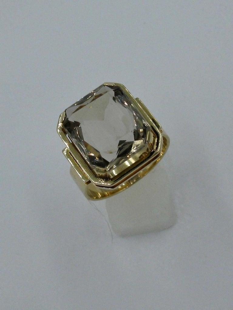 Mid-Century Modern Citrine Ring Finland 14 Karat Gold 1960 Scandinavian Design In Good Condition For Sale In New York, NY