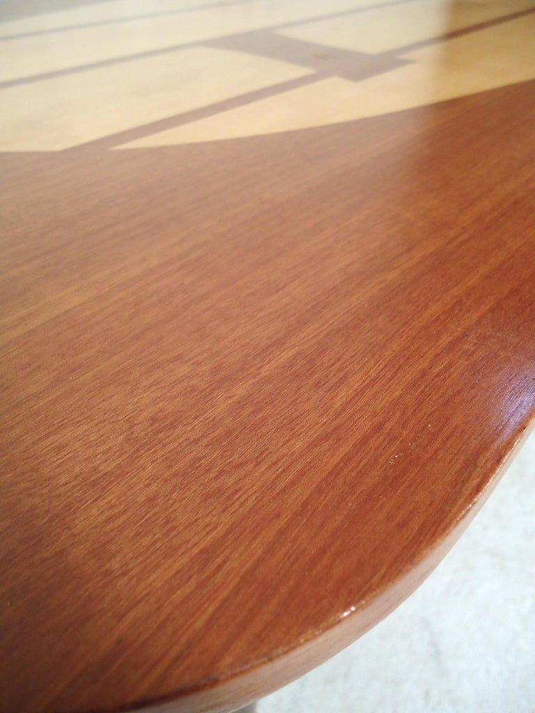 Mid-Century Modern Coffee Table For Sale 2