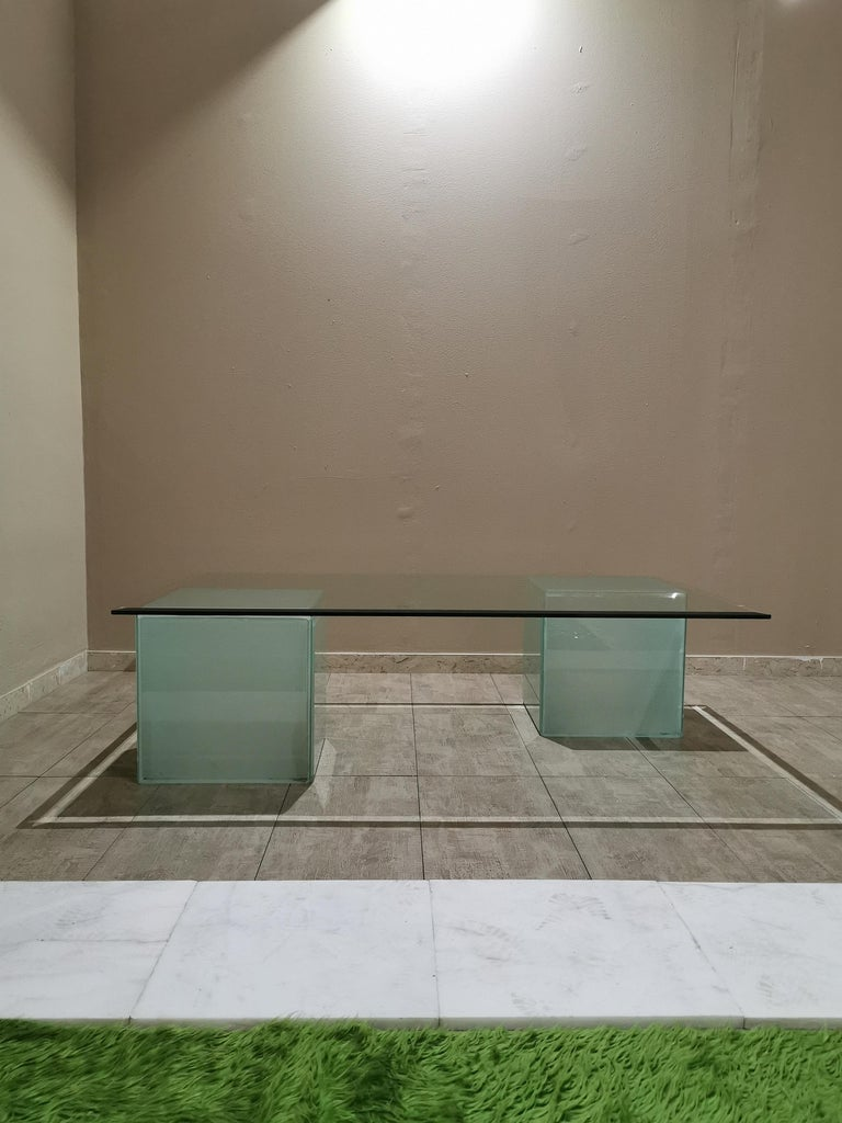 Mid-Century Modern Coffee Table in Glass, Italian Design, 1980s For Sale 7