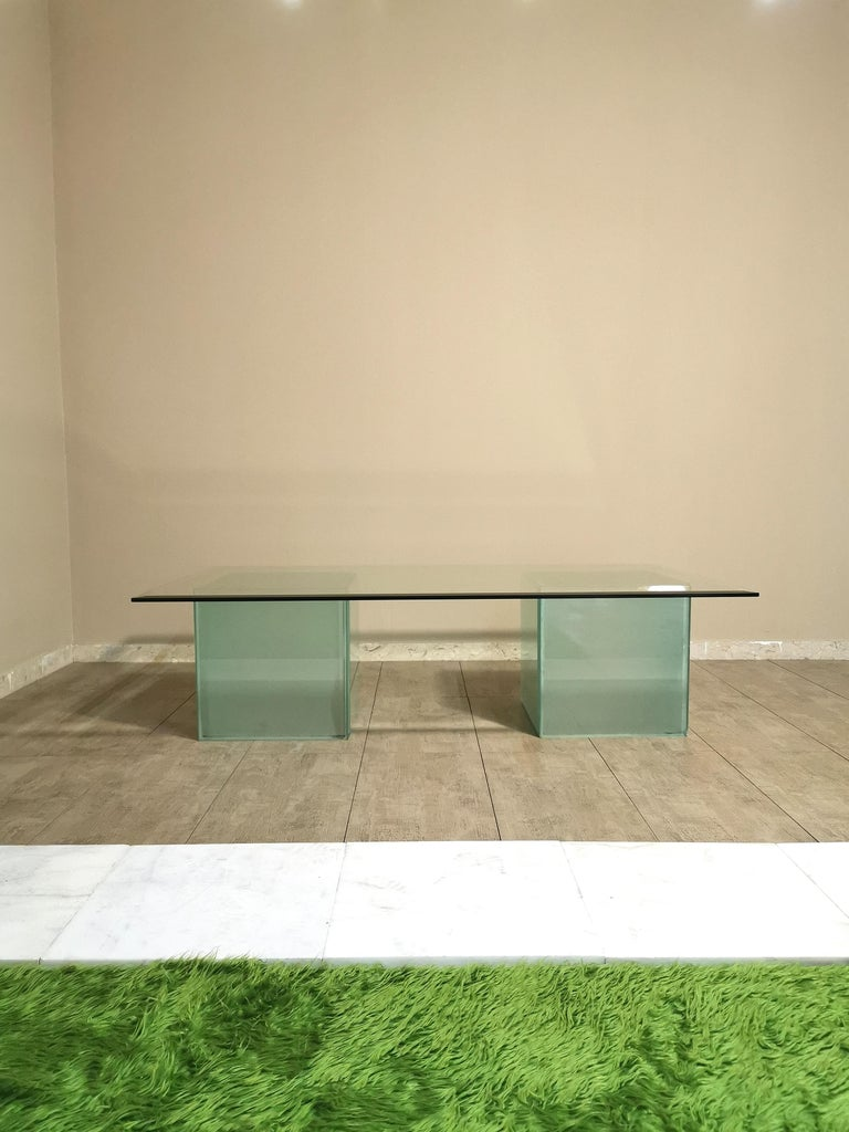 Beveled Mid-Century Modern Coffee Table in Glass, Italian Design, 1980s For Sale