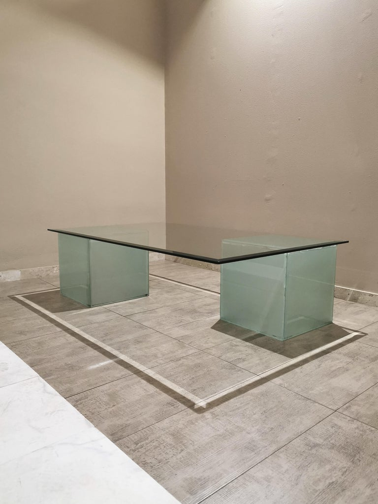 Mid-Century Modern Coffee Table in Glass, Italian Design, 1980s For Sale 4