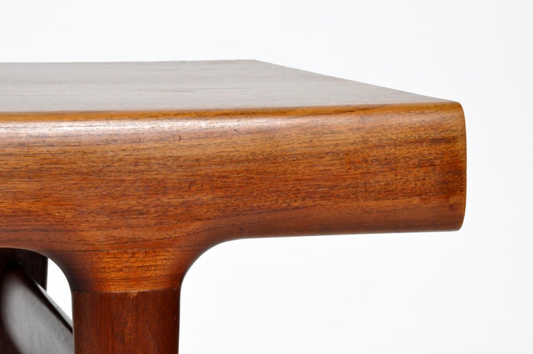 Mid-Century Modern Coffee Table with Storage For Sale 1