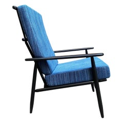 Mid-Century Modern Comb Back Spindle Lounge Chair