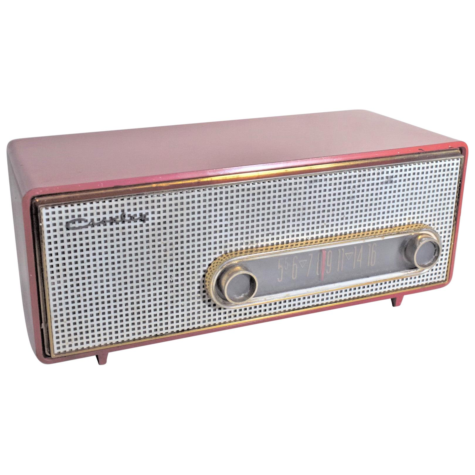 Mid-Century Modern Coral Pink Crosley Model T-60 AM Tube Table Radio