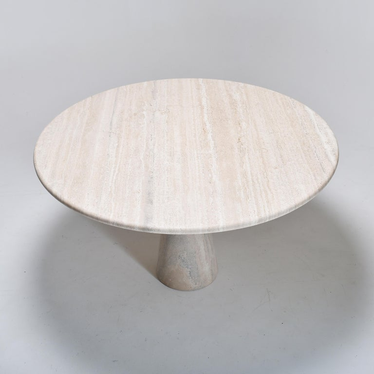 Late 20th Century Mid-Century Modern Cream Round Pedestal Travertine Dining Table, Italy, 1970 For Sale