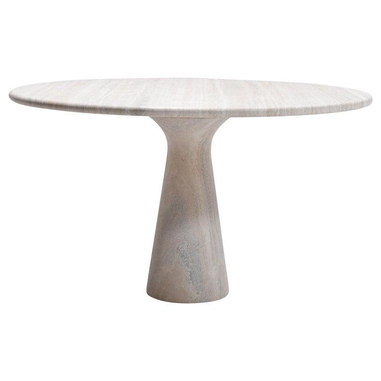Mid-Century Modern Cream Round Pedestal Travertine Dining Table, Italy, 1970 For Sale