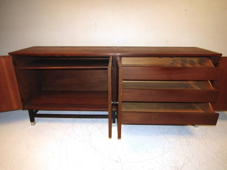 Veneer Mid-Century Modern Credenza by Stanley For Sale