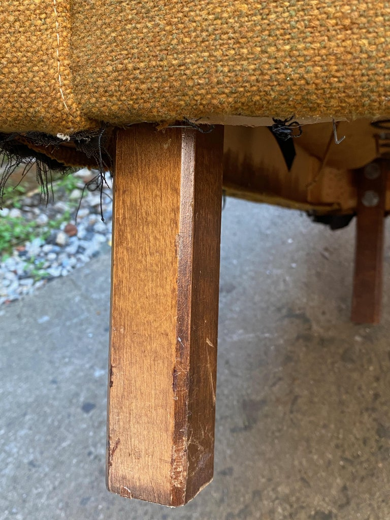 Mid-Century Modern Cube Chair For Sale 7