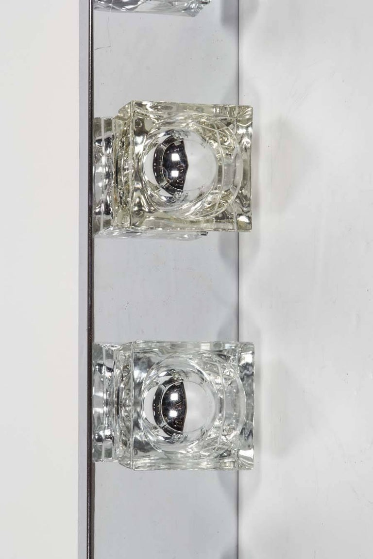 Mid-Century Modern Cubist Wall Light in Chrome by Gaetano Sciolari, Italy In Excellent Condition For Sale In Miami, FL