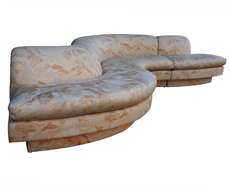 Mid-Century Modern Curved and Sculptural Serpentine Sectional Sofa Plinth Base In Good Condition For Sale In Philadelphia, PA