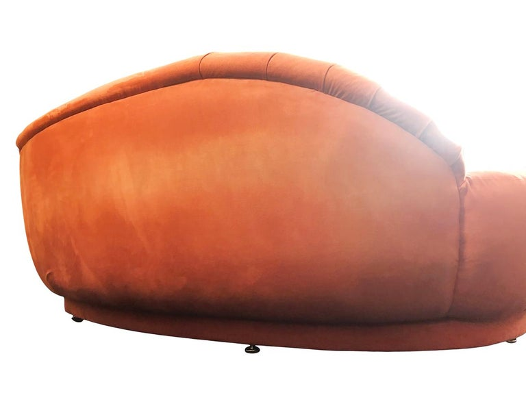 Late 20th Century Mid-Century Modern Curved or Circular Serpentine Sofa by Milo Baughman For Sale