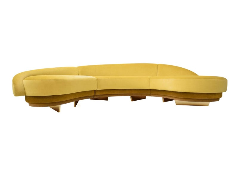 Portuguese Mid-Century Modern Curved Serpentine Sofa in Yellow Velvet with Gold Details For Sale
