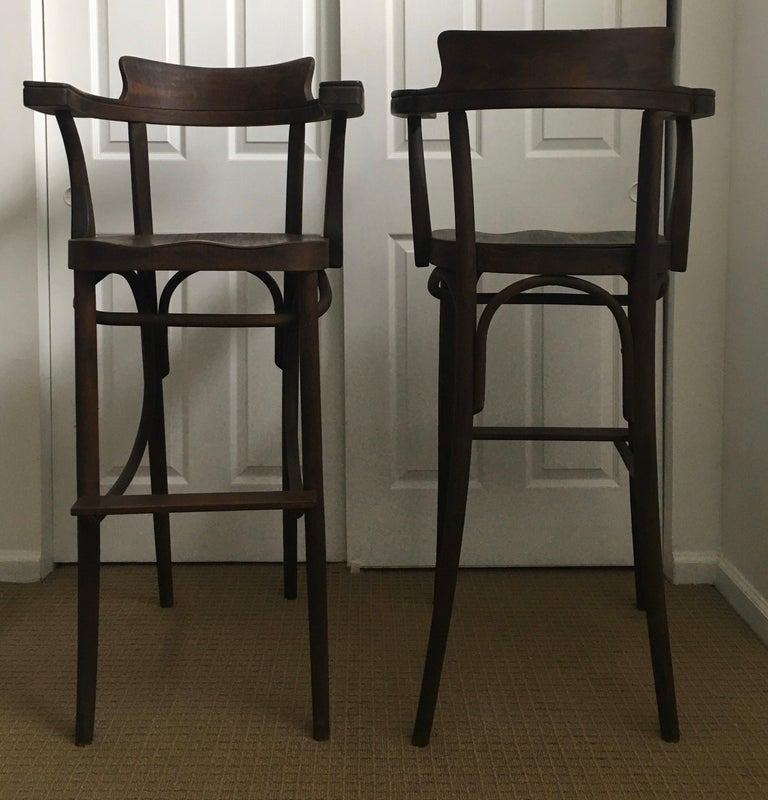 Mid-Century Modern Czech Bar Stools Sculptural Bentwood Thonet Style, Pair For Sale 1