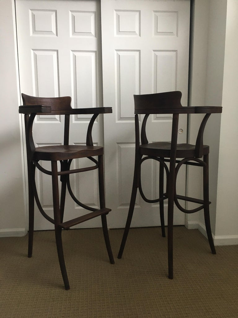 Mid-Century Modern Czech Bar Stools Sculptural Bentwood Thonet Style, Pair For Sale 2