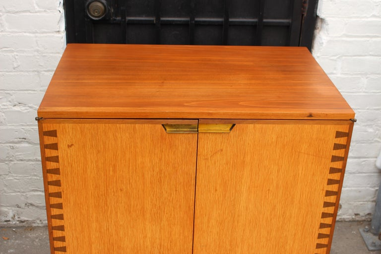 Mid-Century Modern Danish Cabinet In Good Condition In Los Angeles, CA