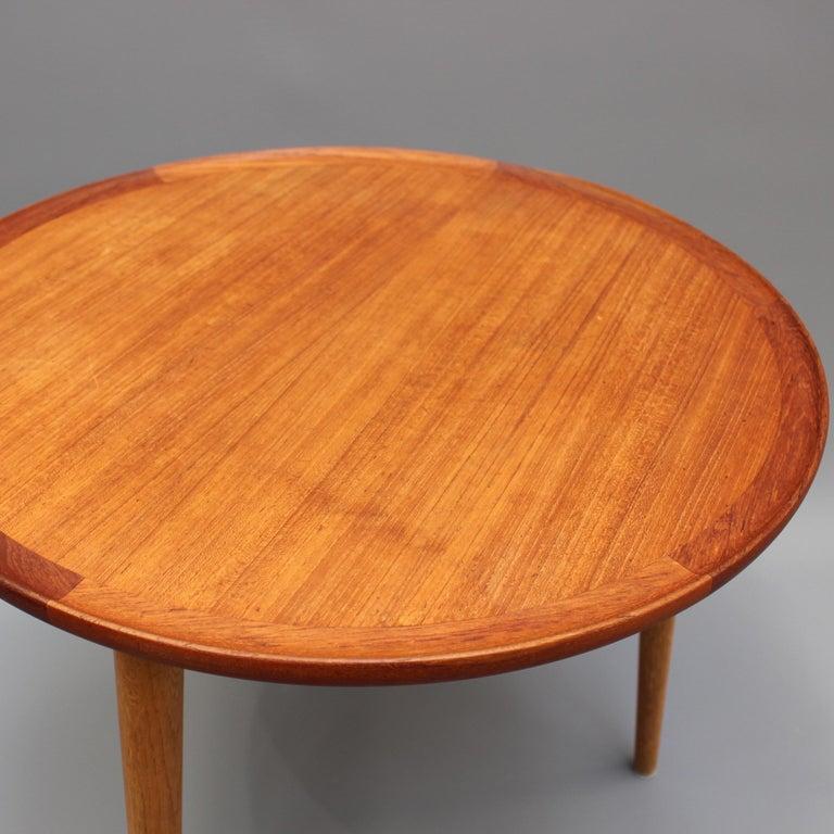 Mid-Century Modern Danish Circular Teak End Table, circa 1960s For Sale 5