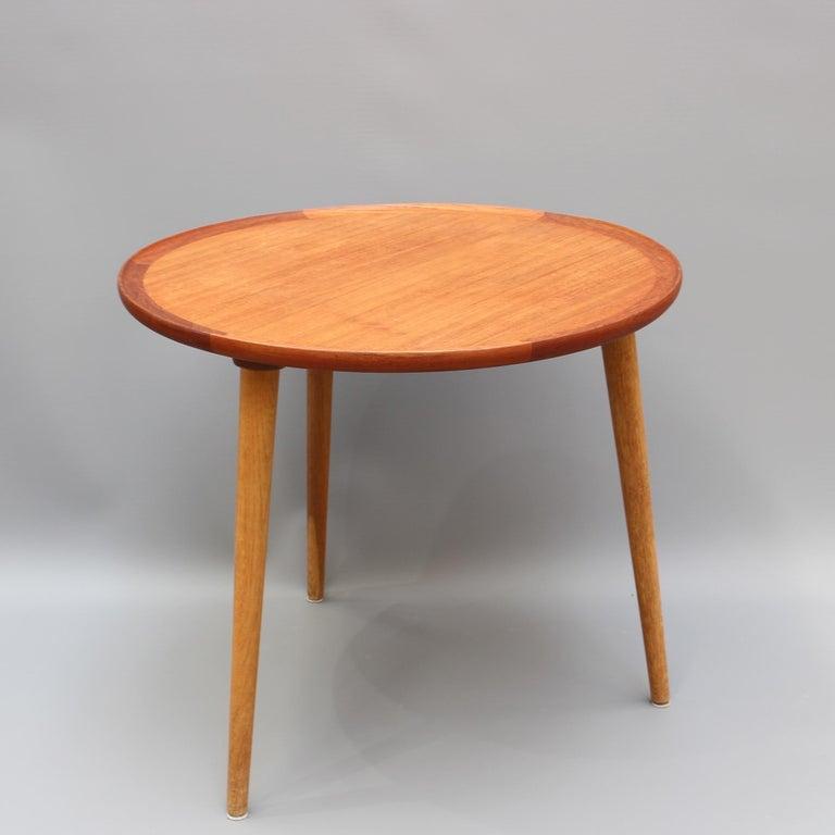 Mid-Century Modern Danish Circular Teak End Table, circa 1960s For Sale 2