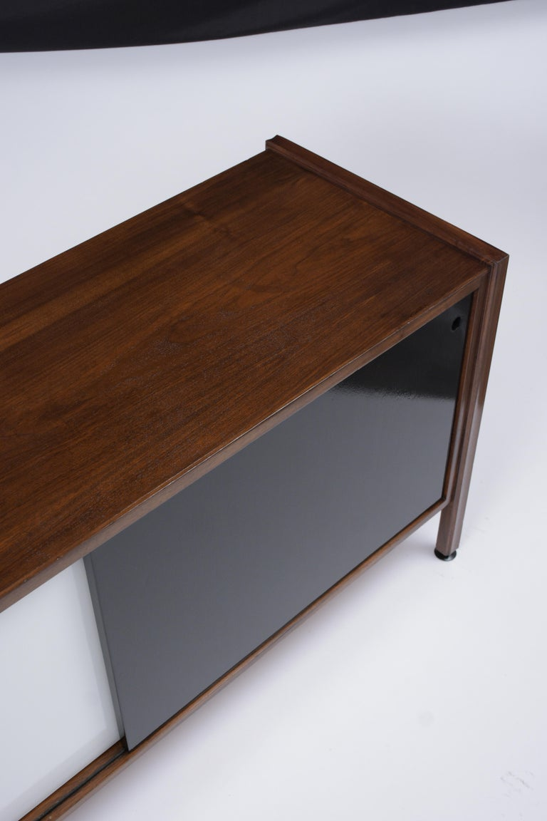 Mid Century Modern Walnut Lacquered Credenza For Sale 1