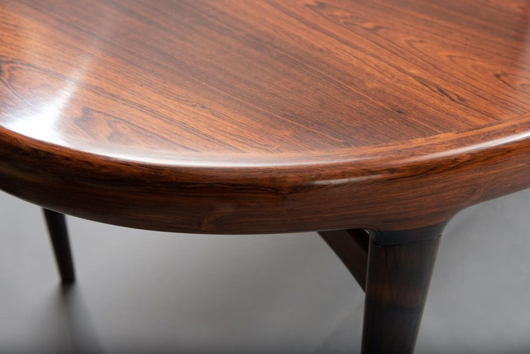 Rosewood Mid-Century Modern Danish Dining Table For Sale