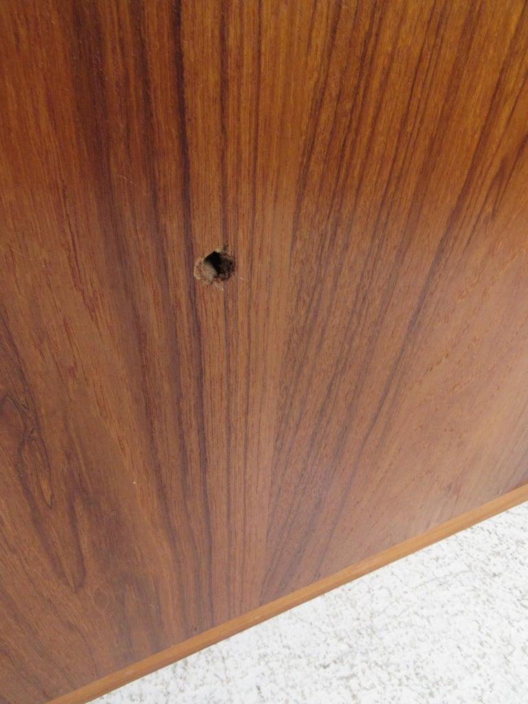 Mid-Century Modern Danish Dresser Attributed to H.P Hansen For Sale 13