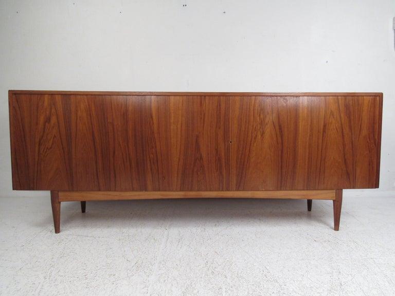 Teak Mid-Century Modern Danish Dresser Attributed to H.P Hansen For Sale