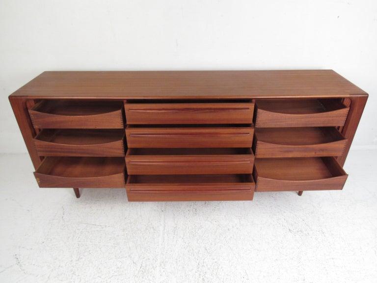Mid-Century Modern Danish Dresser Attributed to H.P Hansen For Sale 1