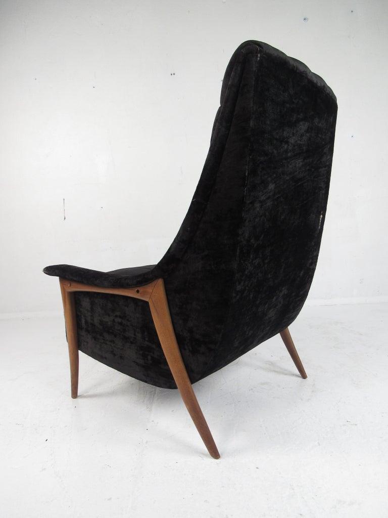 Mid-20th Century Mid-Century Modern Danish Lounge Chair For Sale