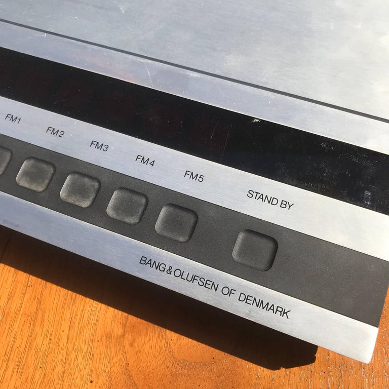 Mid-Century Modern Danish Modern Bang & Olufsen Receiver In Good Condition For Sale In National City, CA