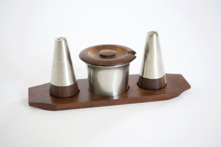 Mid-Century Modern Danish Rosewood Salt and Pepper Shaker Set by Lundtofte For Sale 1