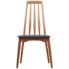 Mid-Century Modern Danish Set of 4 Chairs in Teak Model Eva by Niels Kofoed