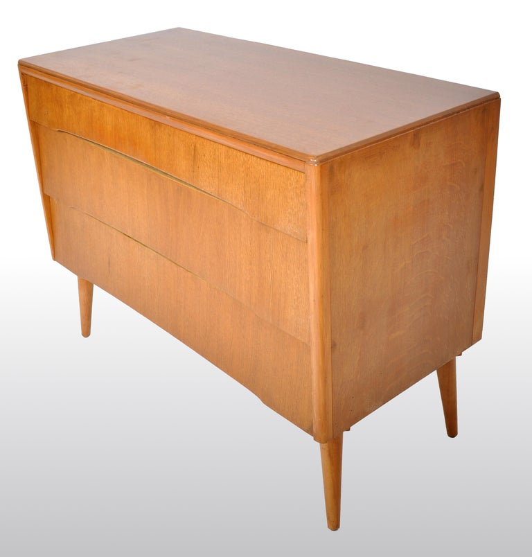 Mid-Century Modern Danish Style Chest of Drawers by Avalon Yatton, 1960s For Sale 5