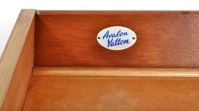 Mid-Century Modern Danish Style Chest of Drawers by Avalon Yatton, 1960s For Sale 3
