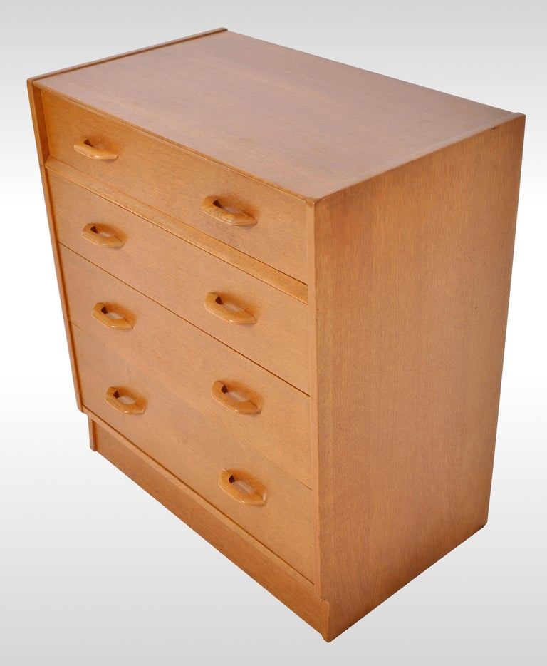 Mid-Century Modern Danish Style Teak Chest of Drawers / Dresser by G Plan, 1960s For Sale 4