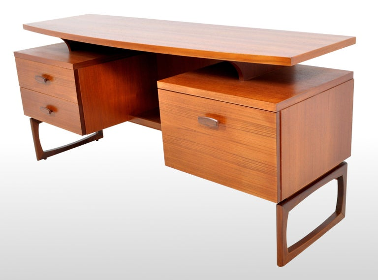 Mid-Century Modern Danish Style Teak Desk by Ib Kofod-Larsen for G Plan, 1960s In Good Condition For Sale In Portland, OR