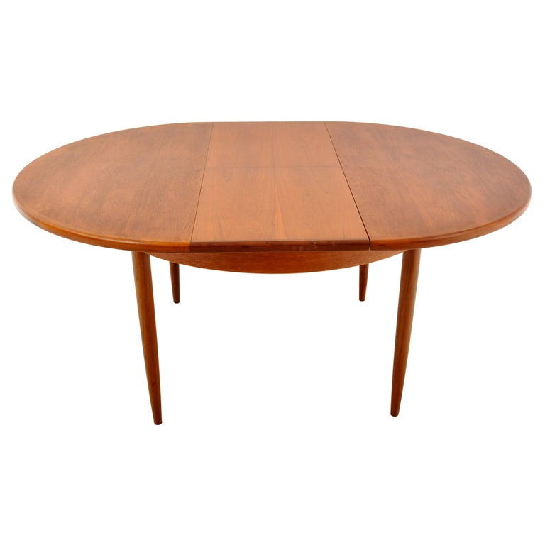 Mid-Century Modern Danish Style Teak Extension Dining Table by G Plan, 1960s 1